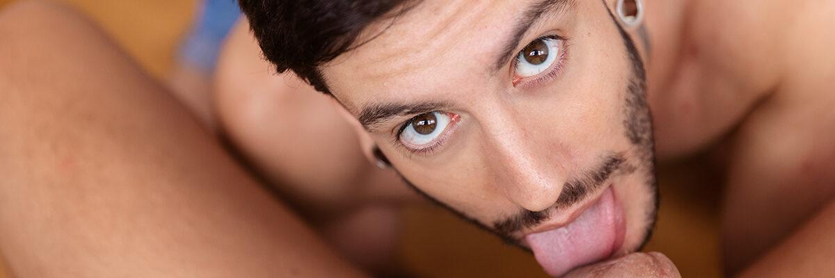 Alexis Clark Spanish gay pornstar blowjob 3D POV